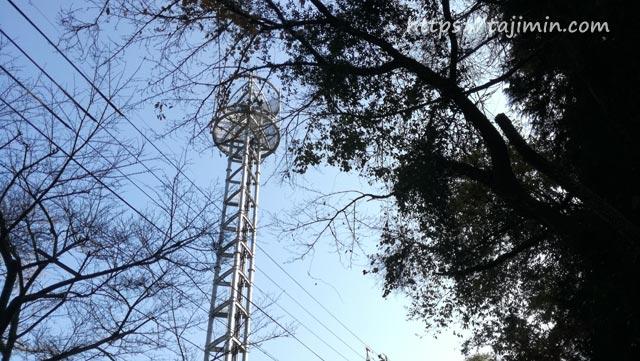 ドコモ基地局の鉄塔