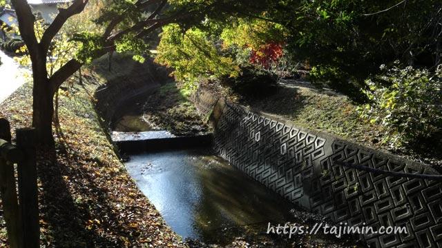 普賢寺への道