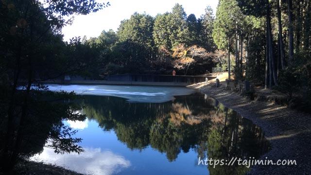 潮見の森、次郎池