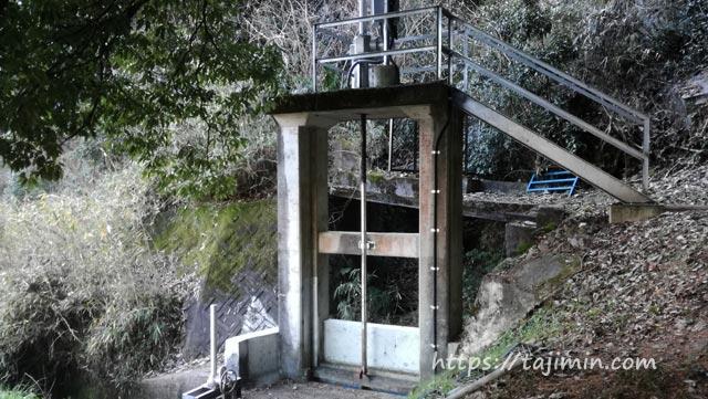 後継用水トンネル入り口