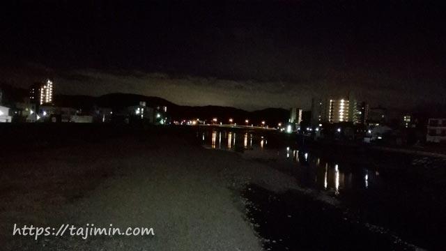 夜の土岐川